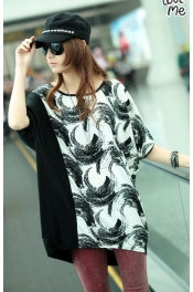 Feather Printed Batwing Big Tee 