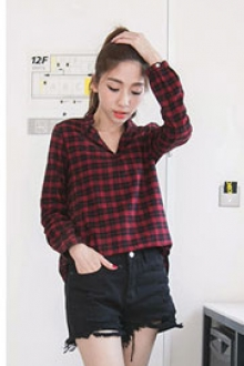 Trendy V Neck Plaid Design Top