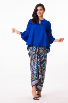 2 Pieces Layla Blouse With Songket Printed Skirt