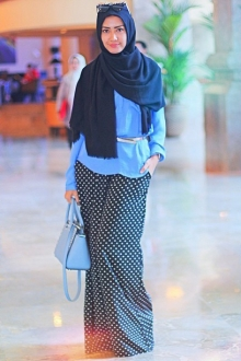 2 Pieces Denim Design Women Top with Polka Dots (including Shawl)