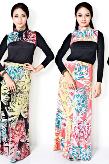 2 Pieces Floral Design Turtle Neck Top with Long Skirt